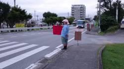 【動画】活動家「横断歩道上で嫌がらせしたろ!」 ←ええんか?