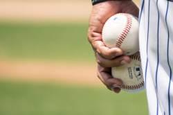 【朗報】部員9人の野球部「坊主強制を禁止にした結果wwwwywwwwywwwwywwww」