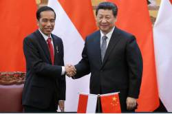 インドネシアで、反中国の大暴動。