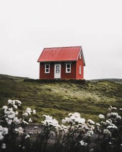 【画像】68万円の家、ガチでヤバイwwwwwwwwwww
