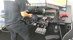 【TGS2019 】ハンドルコントローラー等を付けっぱなしにしていても、簡単に通常用途にも切り替えられる机wwwwwwww