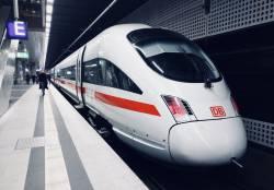 【朗報】鉄ヲタさん、大好きな電車をバカにした陽キャに反撃する