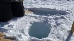【動画】南極の深さ137mの氷床コアに氷を落とした結果wwwww