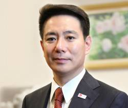 【画像】某国会議員が北朝鮮のハニトラに引っかかるwwwwww