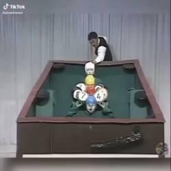 【動画】全日本仮装大賞の傑作集が「日本で一番面白い動画だ!」と海外で話題になっている