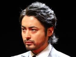 【悲報】山田孝之、銀座で豪遊