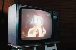 コロナ サブイベント 板東英二 レポーター 神室町に関連した画像-01
