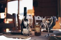 【悲報】手取り15万夫と専業主婦を目指す嫁のひと月食費1.5万円の食卓はこんな感じ。