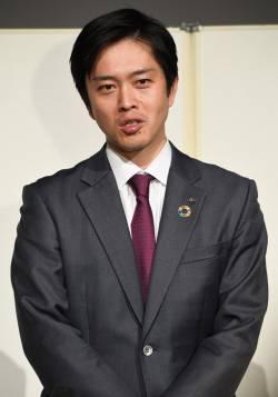 【悲報】吉村大阪府知事、化けの皮が剥がれ始める