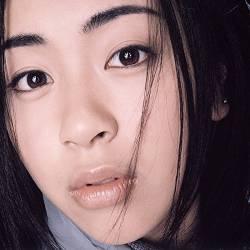 ワイ、不意に宇多田ヒカルのアルバム聴きたくなって開けた結果www