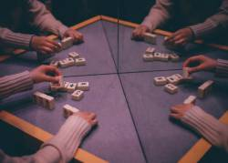 【pickup】【悲報】激かわ麻雀プロさん、賞金3000万の決勝でヤバすぎ打牌をしてしまう